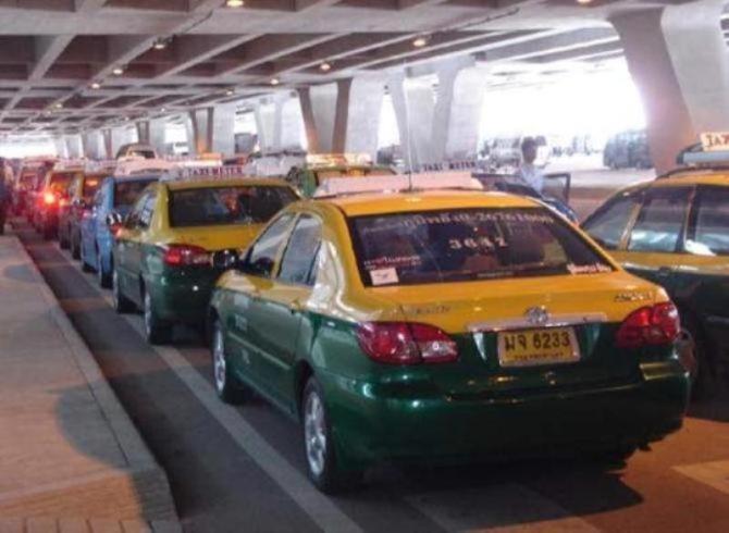 แท็กซี่ครวญผู้โดยสารอยากบรรทุกเยอะ แต่ไม่อยากจ่าย